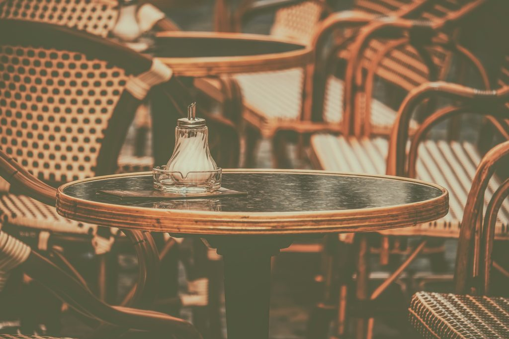 Chaises de restaurant